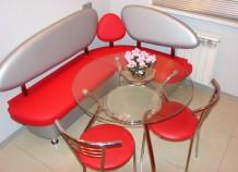 Выбираем стол и стулья для современной кухни