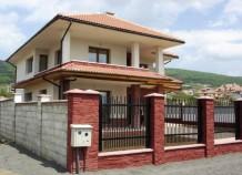 Дома на побережье моря в Болгарии