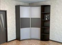 Преимущества угловых шкафов в спальне